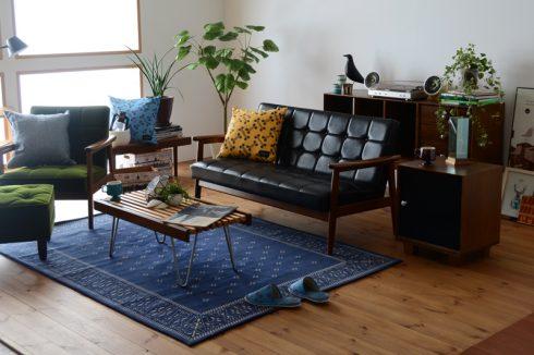 メンズライクな印象のブラックのソファ Kチェア スタンダードブラック