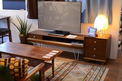 826STANDARD UNITのテレビ台