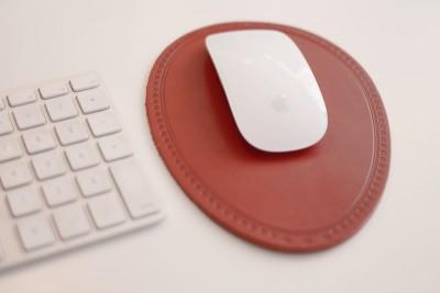 本革のマウスパッド
