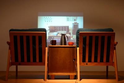 セパレートタイプのソファと826STANDARD UNITを組み合わせて簡単シアターセット