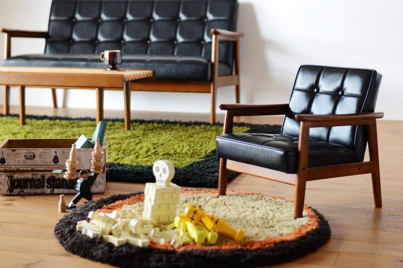 子供用椅子としてもオブジェとしても人気のカリモク60 Kチェアミニ