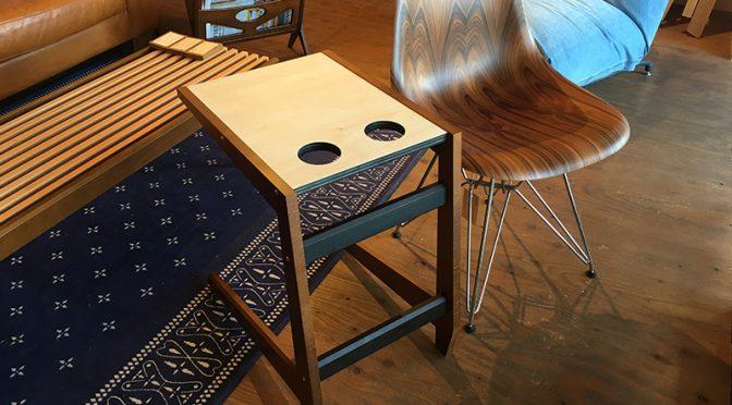 ソファの名脇役コの字形テーブルの進化版