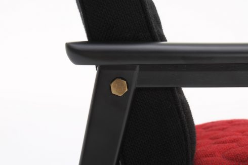 カリモク60 Kチェア ミニ ミッキーマウス90周年仕様の飾りボルト