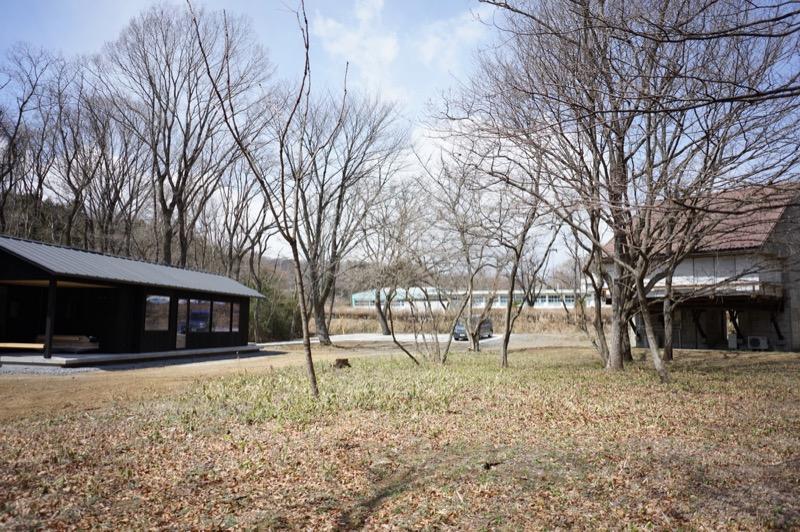 敷地は広く、キャンプやBBQも可能