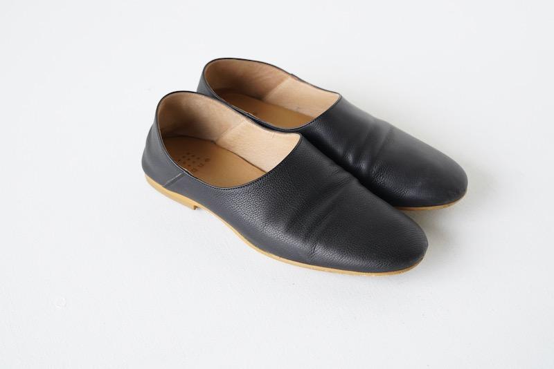 que(キュー)の革靴