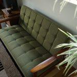 ソファを購入するならどのサイズが良い?改めておすすめしたい王道の2シーター。