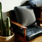 カリモク60の定番ソファ、Kチェアの座り心地について