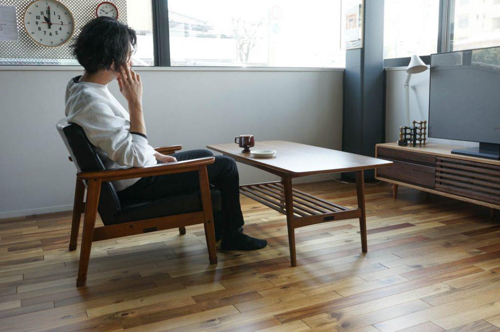 Kチェアとリビングテーブルの組み合わせ